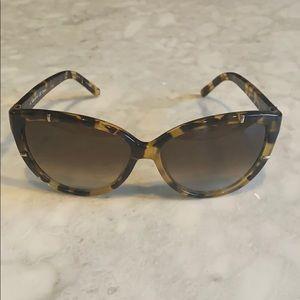 Chloe Cat-Eye Sunglasses 😎
